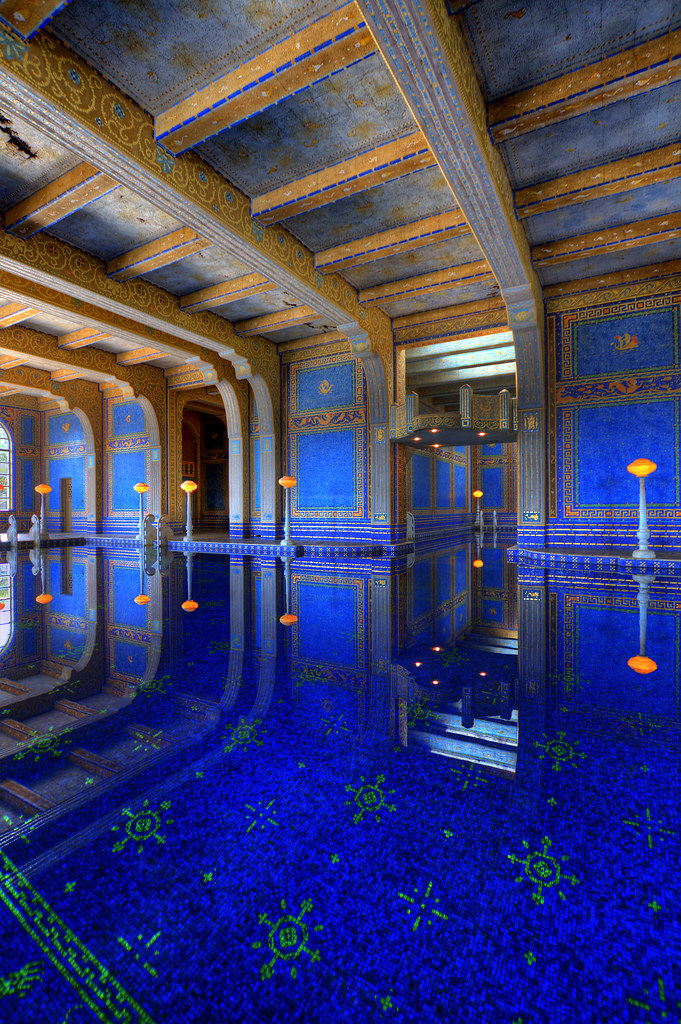 3d Wallpaper For Bedroom Stone Roman Pool The Roman Pool At Hearst Castle Is A Tiled