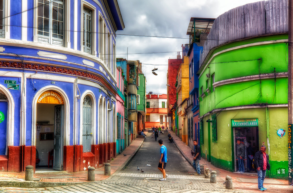 3d Street Wallpaper Bogota Colombia A Colorful Street In La Candelaria The