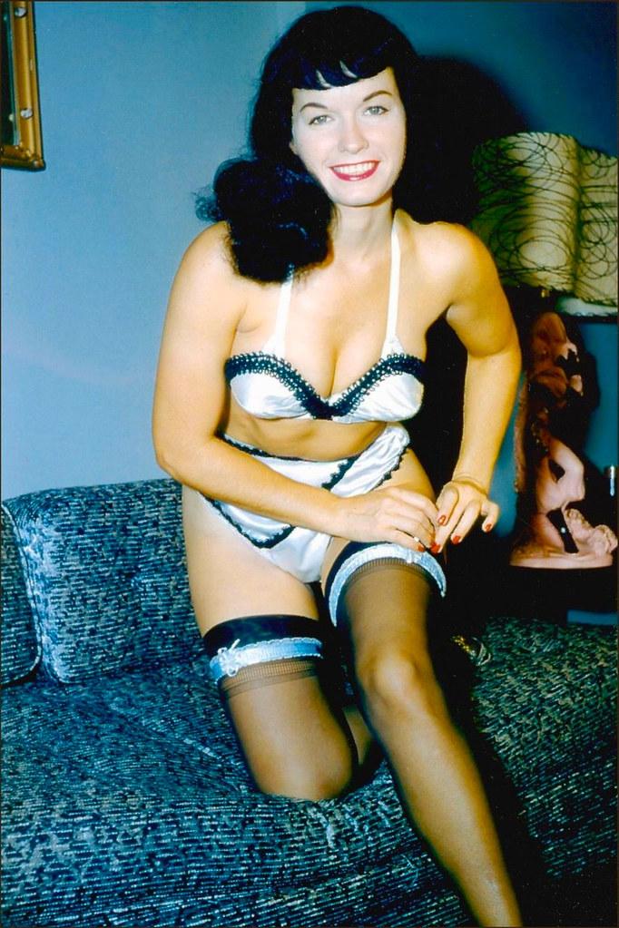 3d Birthday Wallpaper Bettie Page Stockings Picture Gerard Van Der Leun Flickr