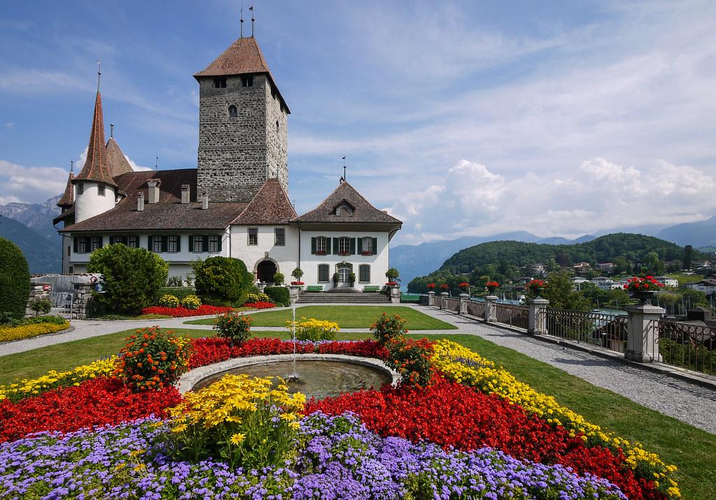 Flower Images 3d Wallpapers Schloss Spiez Spiez Castle Daniel Frauchiger Flickr