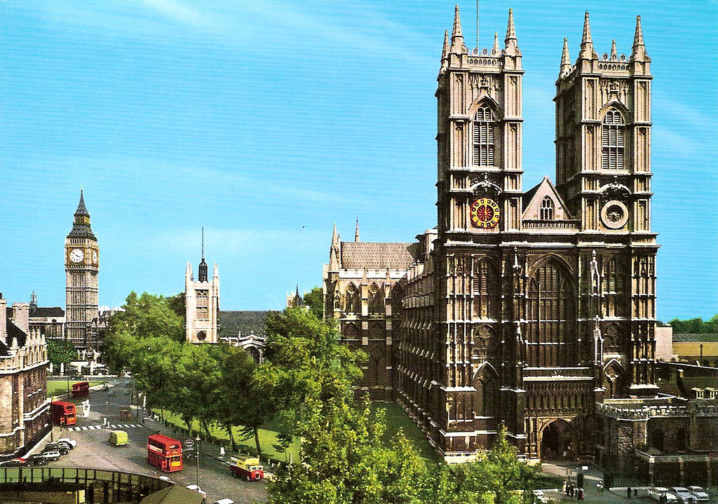 Wallpaper Hd 3d Car Westminster Abbey A Daytime Shot Of Westminster Abbey