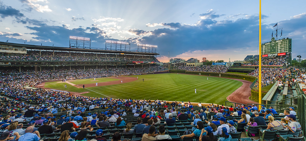 Night View Hd Wallpaper Wrigley Field Sunset As The Sun Sets On Another Cubs