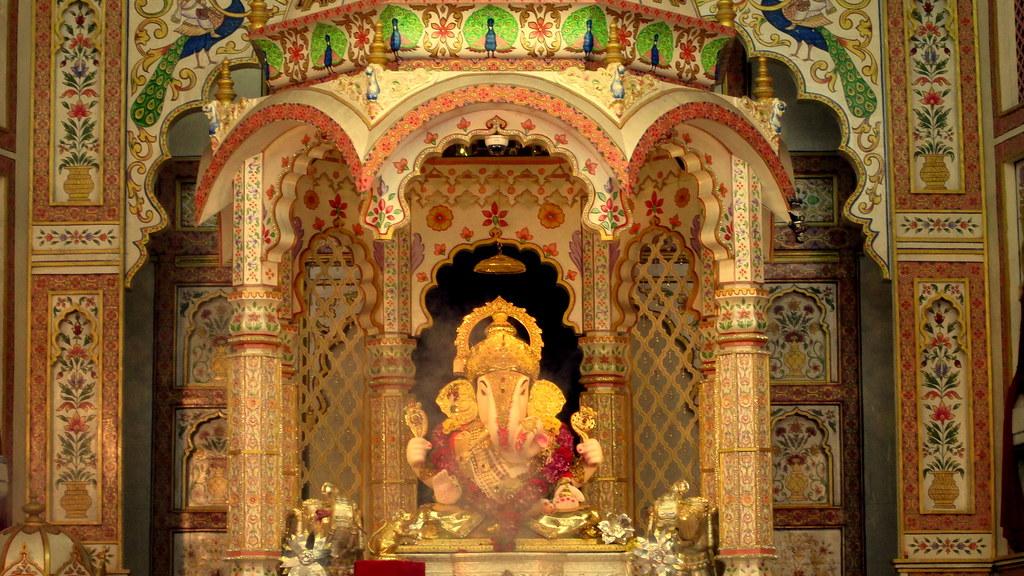 Ganapati Wallpaper Hd Dagdusheth Ganpati Pune Saroj Sahu Flickr