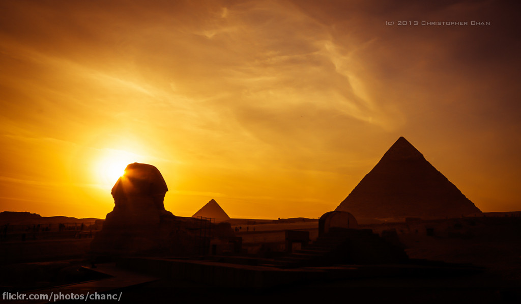 Cool 3d World Wallpaper Pyramids Of Giza Egypt Going Through My Archives The
