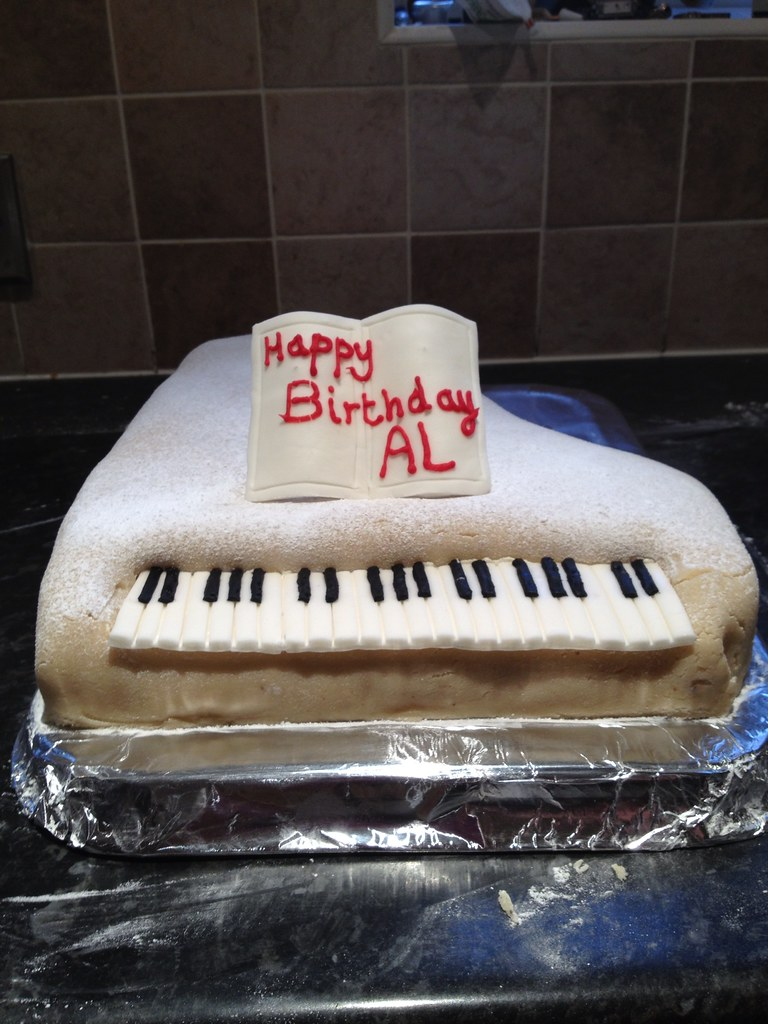 Keyboard Kuchen Al S Piano Birthday Cake Al S 70th Birthday Cake Flickr