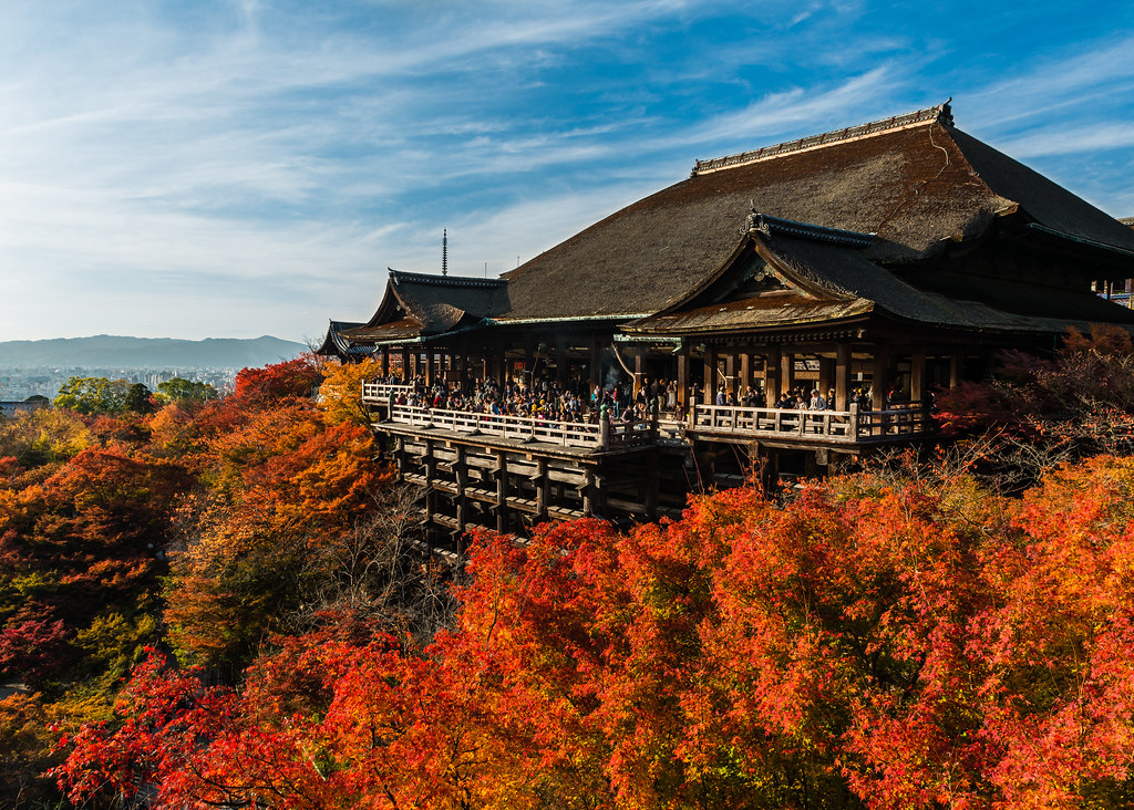 Best Wallpaper In The World In 3d Kiyomizu Dera And Autumn Leaves Kiyomizu Dera Itself Is