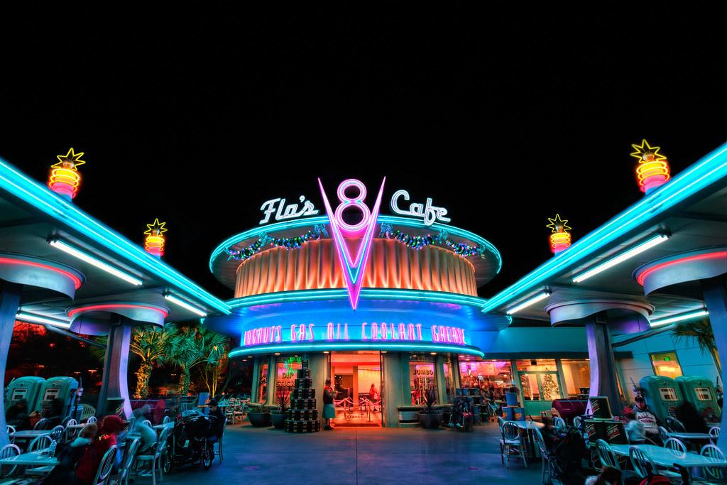 The Cars 2 Wallpaper Flo S V8 Cafe Disney California Adventure During The