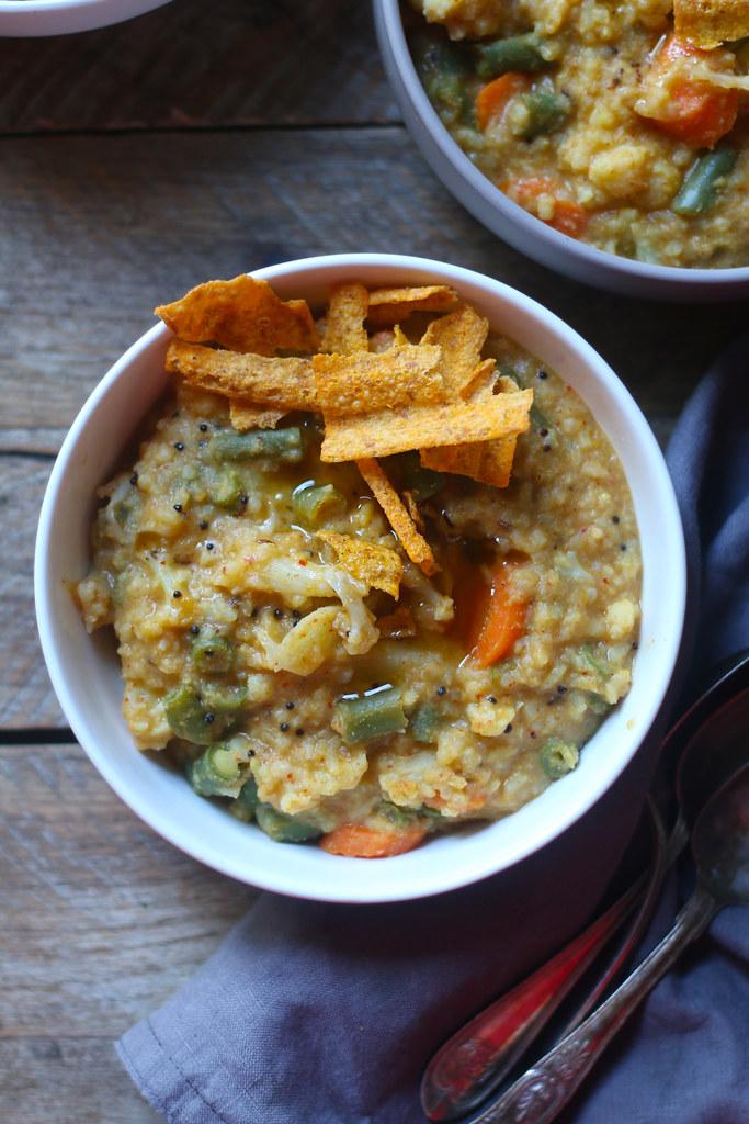 BISI BELE BAATH(Spicy Vegetable Khichdi) |foodfashionparty|
