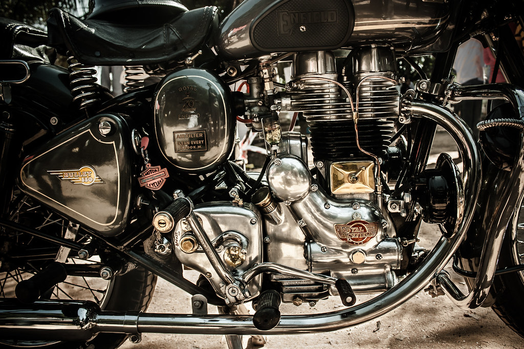 Royal Enfield 3d Wallpaper Quot Made Like A Gun Goes Like A Bullet Quot Made In England