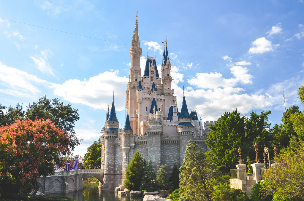 3d Iphone Wallpapers Free The Majestic Cinderella Castle Walt Disney World Explor