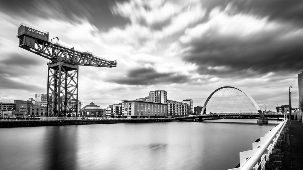 Wall Art 3d Clyde Arch, Glasgow, Scotland - Black And White Cityscape