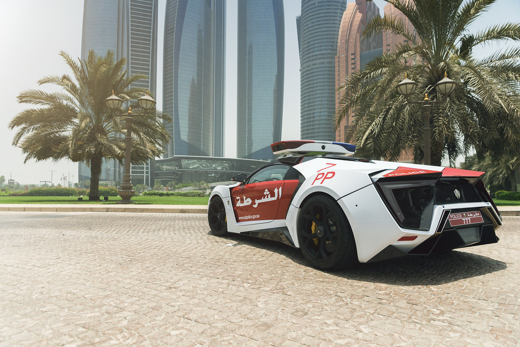 3d And Hd Wallpapers Of Cars Abu Dhabi Police Lykan Hypersport Official Press Flickr