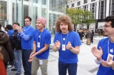 Live from 5th Ave Apple Store unveiling - Image 29 of 47