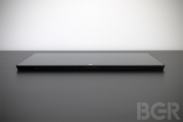 Microsoft eyes iPad mini as exec hints at smaller Surface