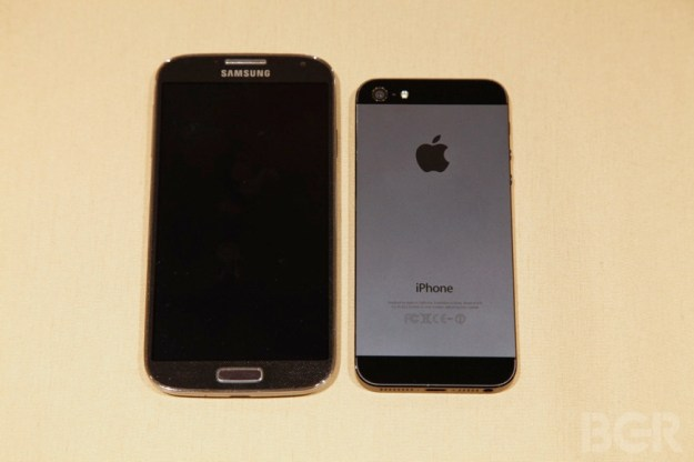Smartphone Survey Apple Samsung