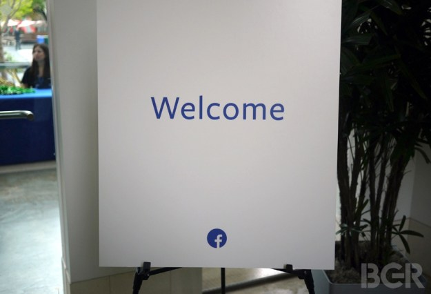 Facebook Home Liveblog
