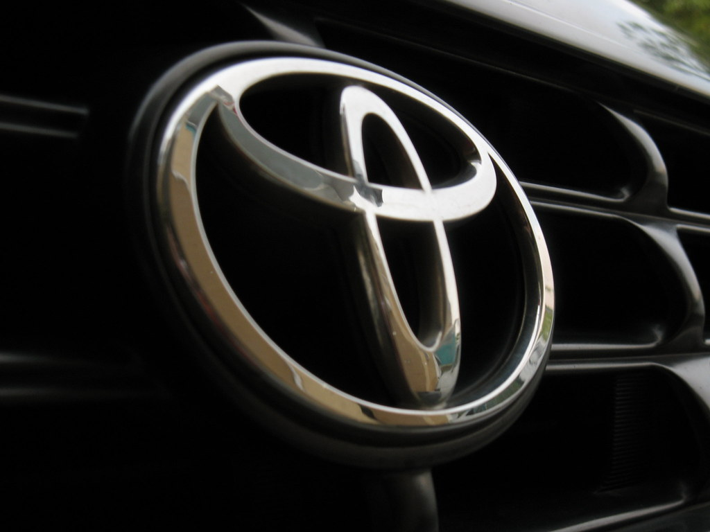 Wallpapers Hd 1920x1080 3d Toyota Logo On Rav4 Please Comment This Pict Fr My
