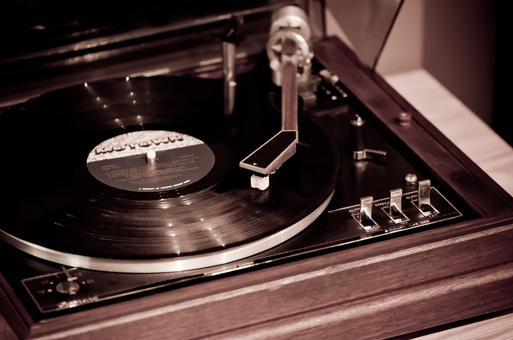 Vintage Blog 1972 Garrard Synchro-lab 95b Turntable (1) | Rik Ruff | Flickr