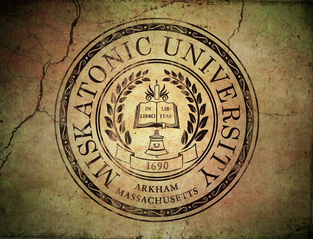 New 3d Wallpaper For Pc Miskatonic University Badge Of The Miskatonic University