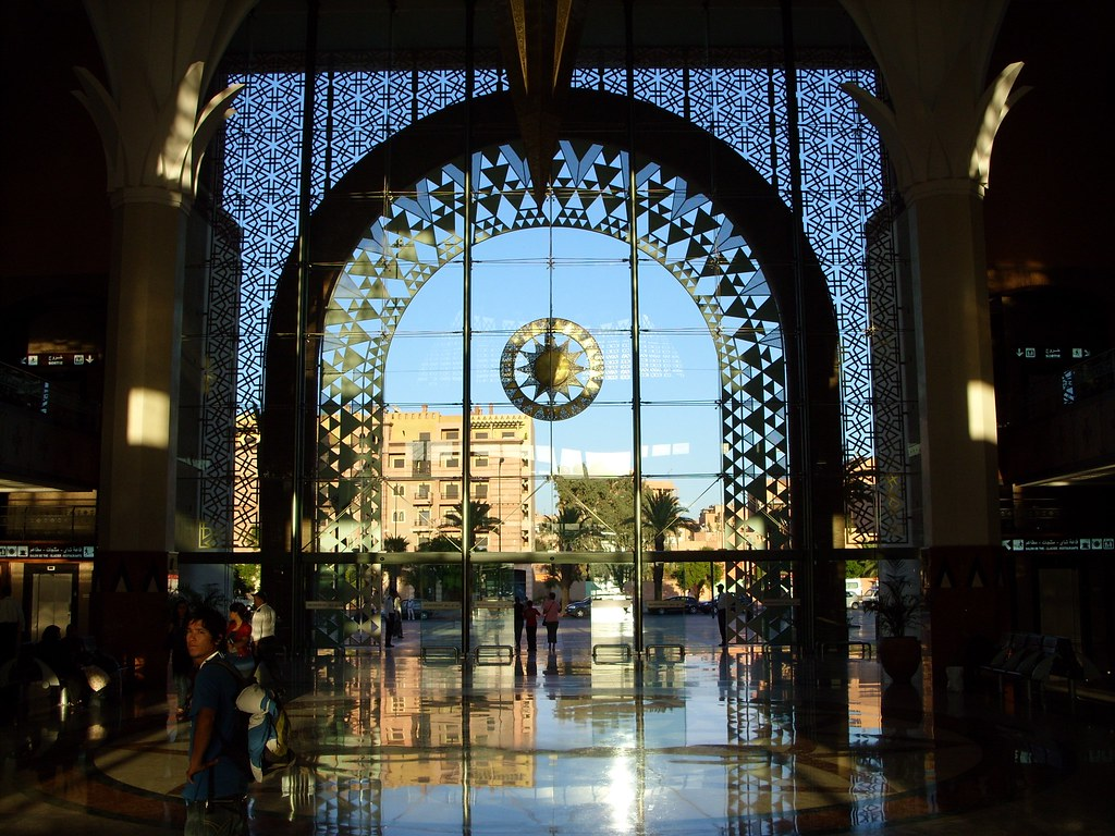 3d Sunset Wallpapers Free Marrakech Train Station Shortly Before Sunset The Sun
