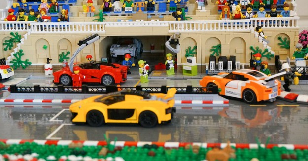 Super Speedway Pit by Brick Knight