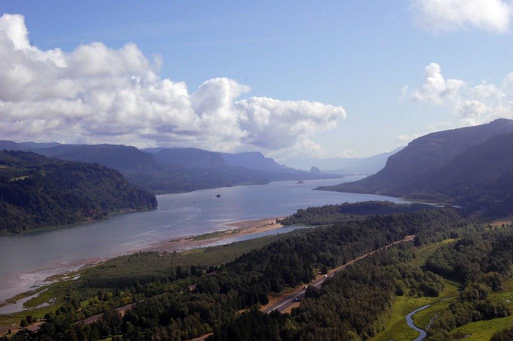 Multnomah Falls Oregon Wallpaper Columbia River Gorge Corbett Oregon The Columbia