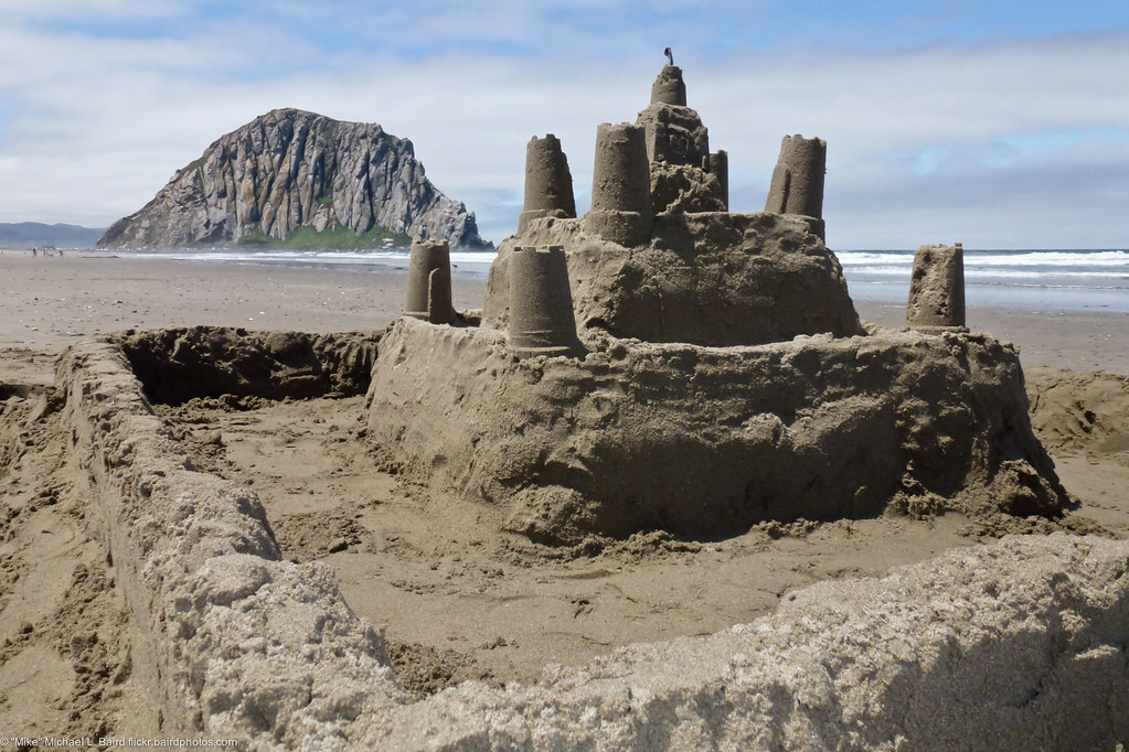 World Best 3d Wallpaper Sandcastle With Moat Seen On Morro Strand State Beach
