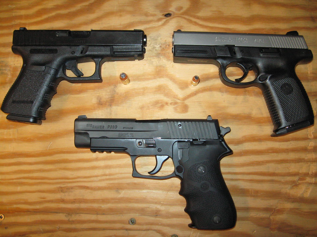 45 40 Sig 45 Glock 23 40 Caliber Smith And Wesson 9mm Sw9ve Flickr