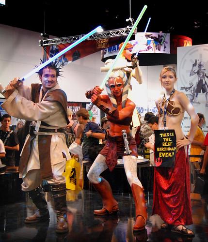 3d Star Wallpaper Jedi Ahsoka Tano And Slave Leia Comic Con 2008 Brian