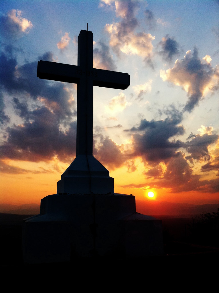 Wallpaper Jesus Christ 3d Holy Cross At Sunrise The Cross At The Top Of Cross