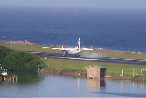 Airplane Flights Roatan International Airport | Although We Arrived In