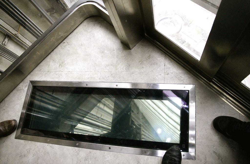 Going Up Cn Tower Glass Floor Elevator Toronto Ont