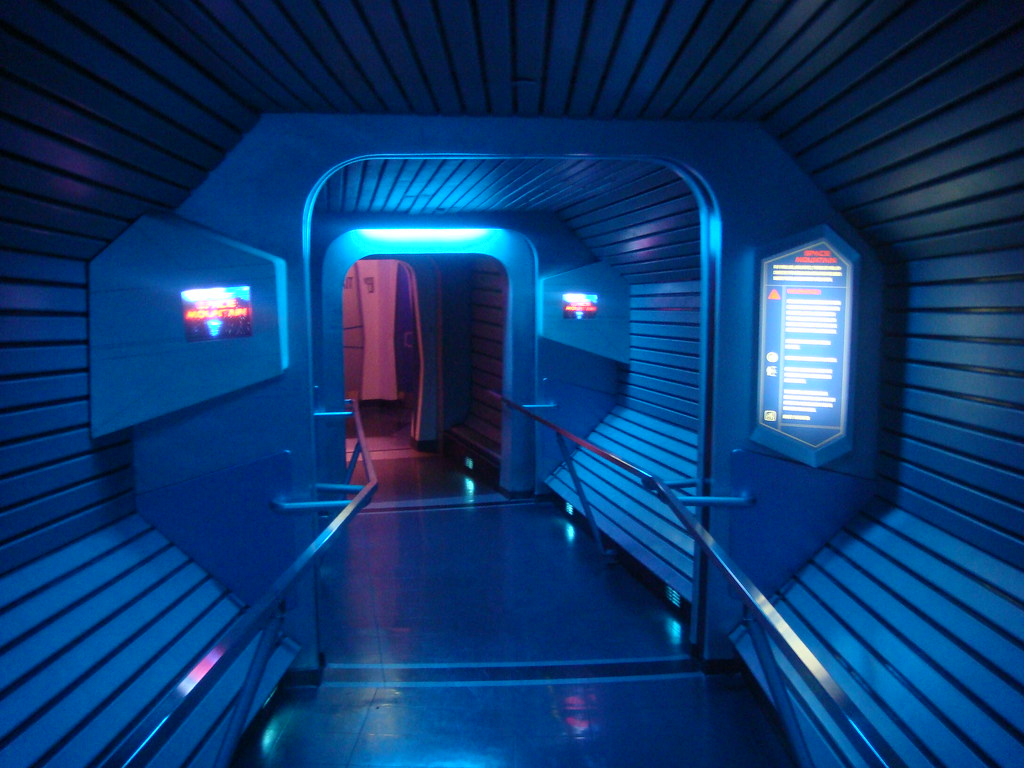 Hyperspace 3d Wallpaper Inside Space Mountain Disneyland One Part Of The Queue