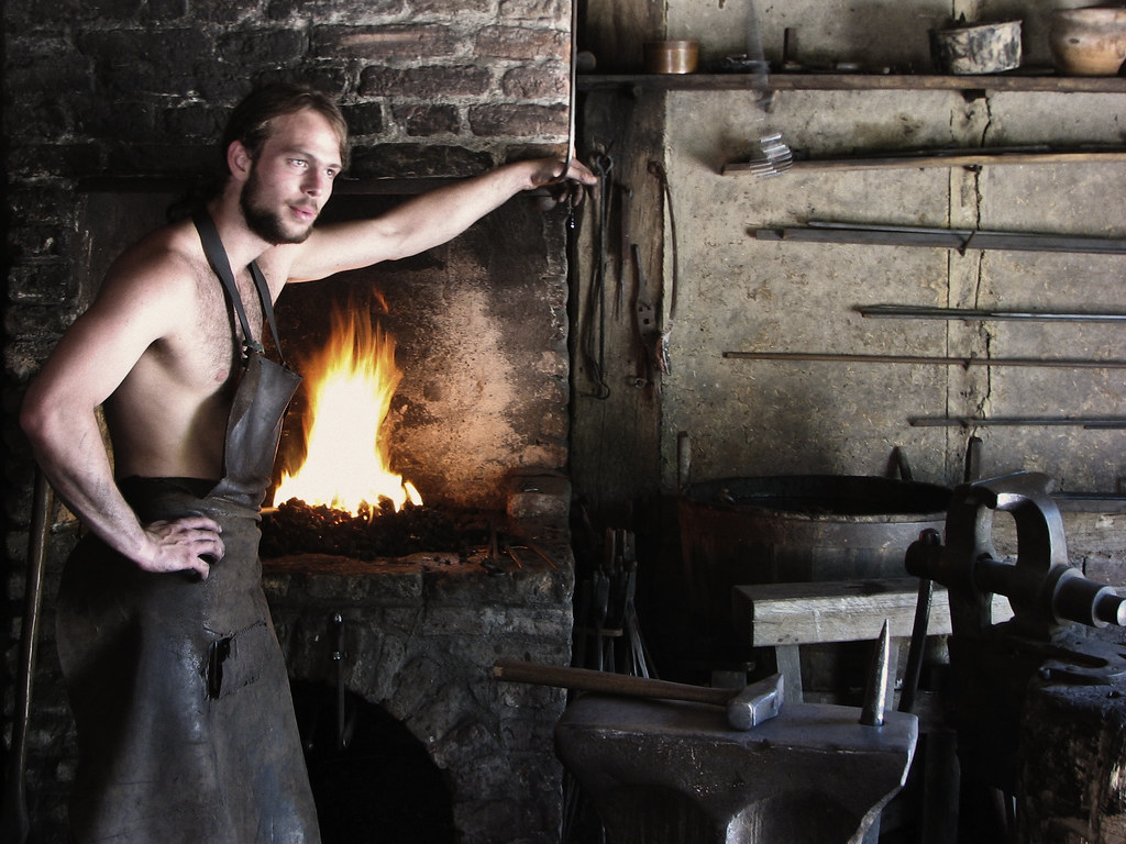 Pot Girl Wallpaper Medieval Blacksmith In Archeon Was Very Warm Today But