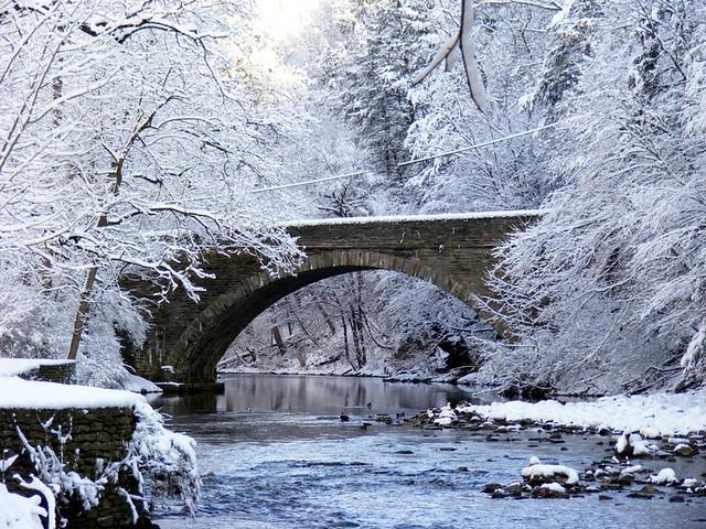 3d Winter Scenes Wallpaper Bridge Over Creek Stone Bridge Over The Wissahickon