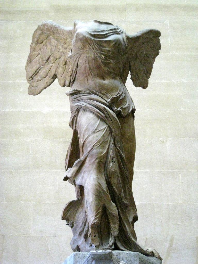 Cheap 3d Wallpaper Winged Victory Of Samothrace Louvre Nike Of Samothrace