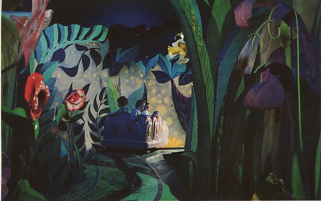 Pooh Bear Iphone Wallpaper Disneyland Alice In Wonderland Ride 1958 Heather David