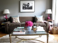 [Real Homes] Neutral living room + pink accents: Modern fe ...