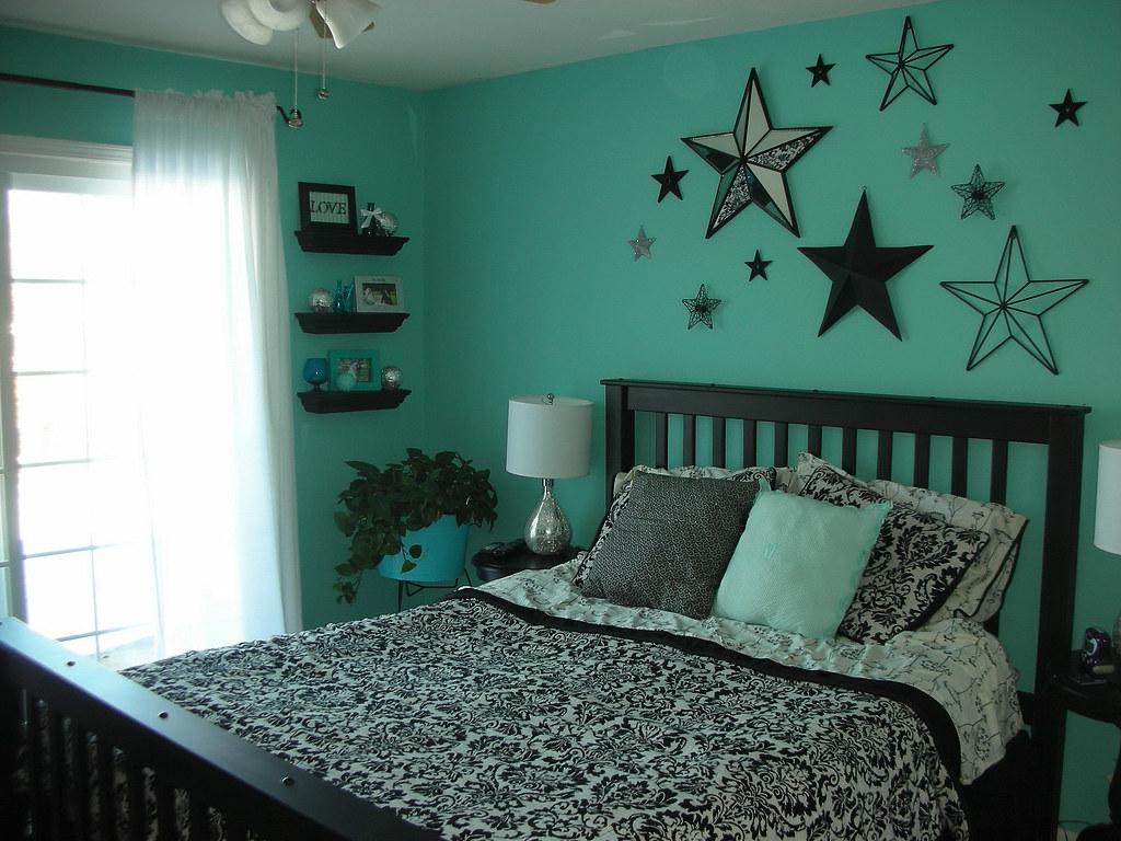 Cute Aqua Green Wallpaper Aqua Bedroom Luvs2sew Flickr