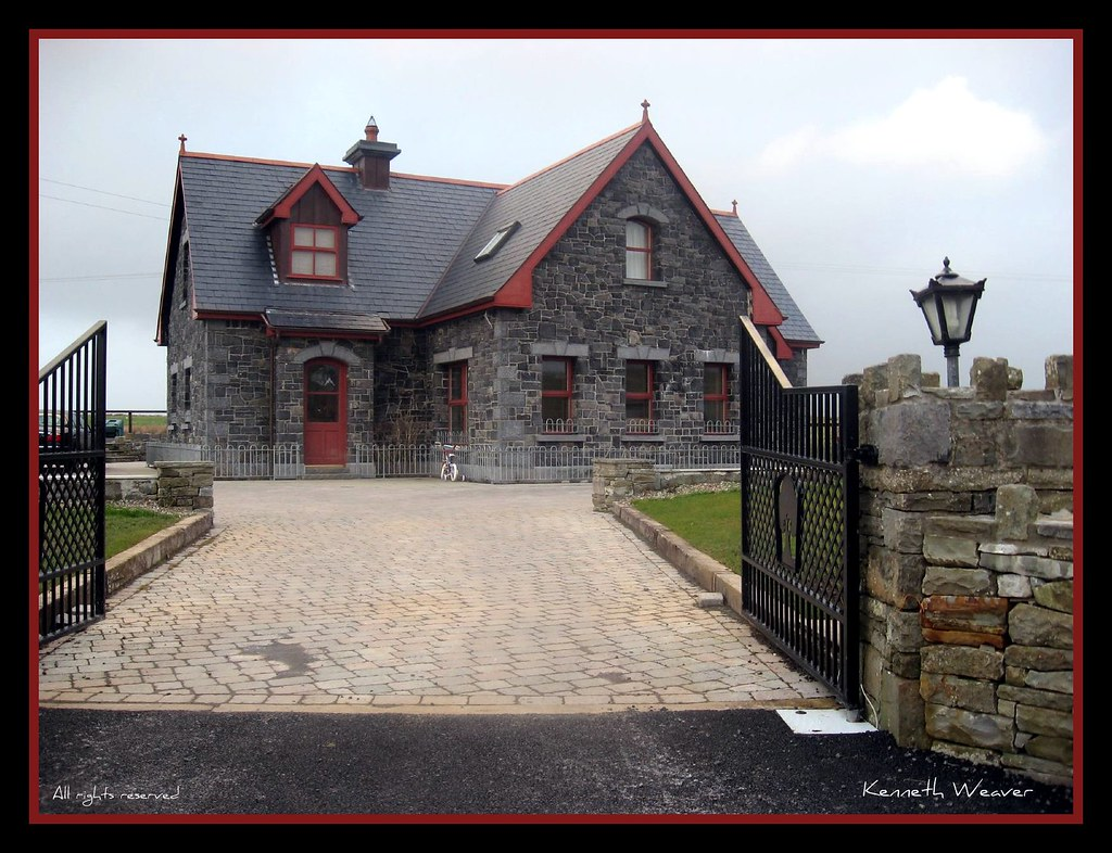 Irish Stone Houses Beautiful Stone House In Ireland We Came Across This