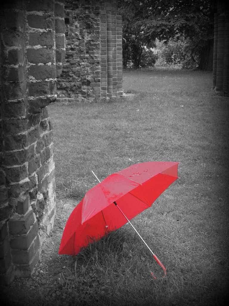 I Am Single Girl Wallpaper Red Umbrella On A Rainy Day At A Ruin Klosterruine