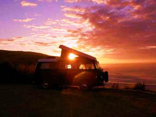 Sunrise 3d Wallpaper 69 Vw Westfalia Enjoying The Nz Sunset Www Classic Campe