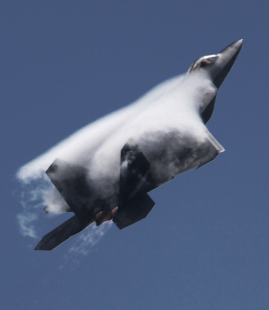 Foto Wallpaper 3d F 22 Raptor Quonset State Airport North Kingstown