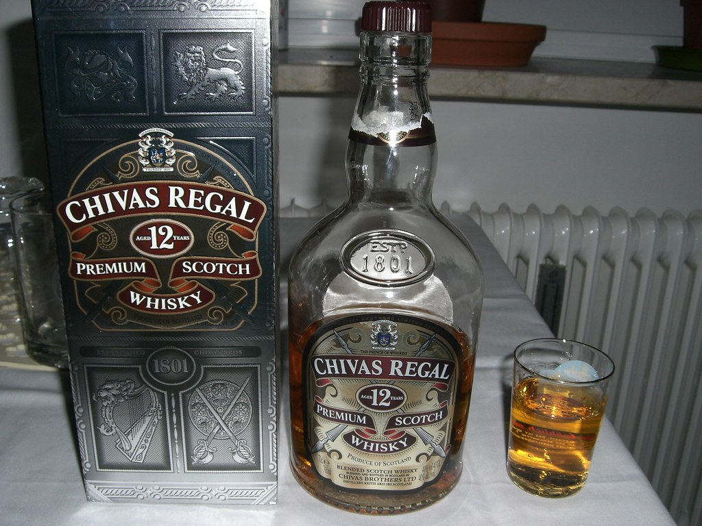 New 3d Wallpaper One Shot Of Chivas Regal Aged 12 Years 40 Color Added