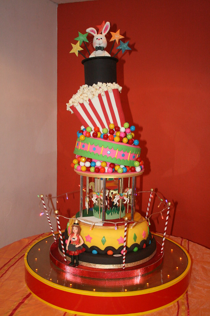 Bubble Chair Circus Cake | Tha Hat, The Pop Corn Box And The Other 2