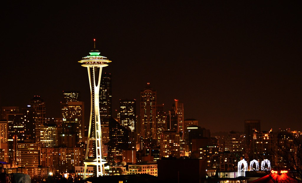 3d Pc Wallpaper Com Space Needle And Seattle Skyline Space Needle And