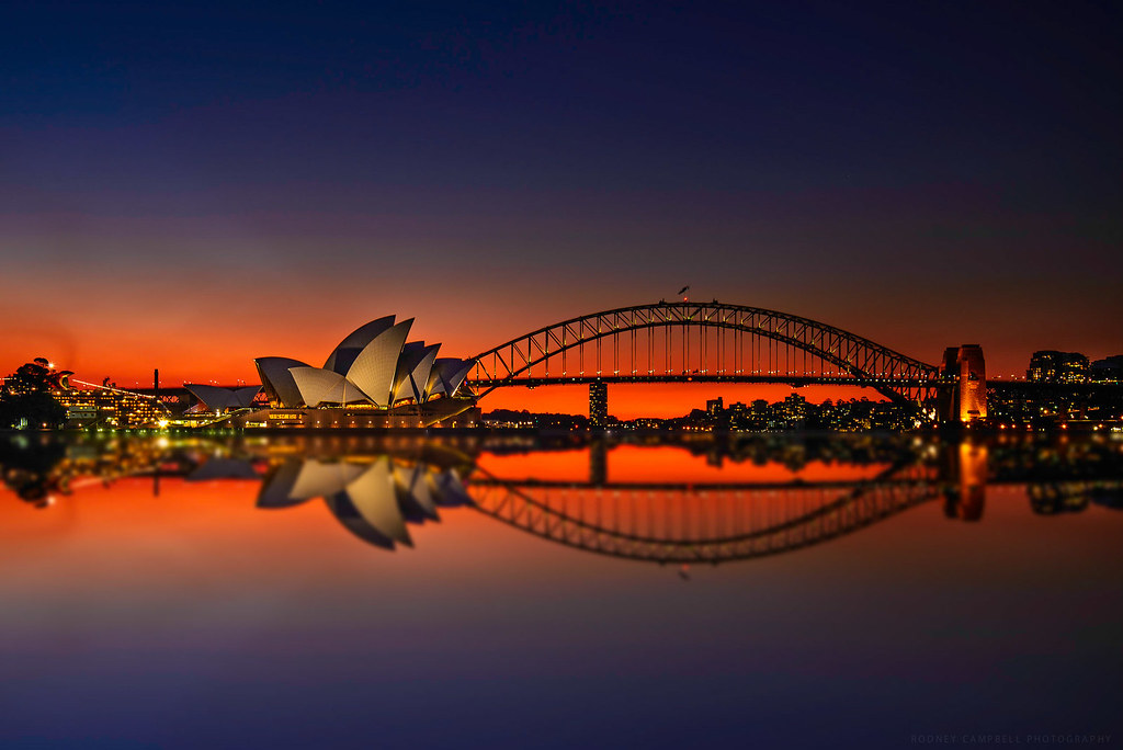 White Gold Wallpaper Hd Reflections In Crimson Mrs Macquarie S Chair Sydney