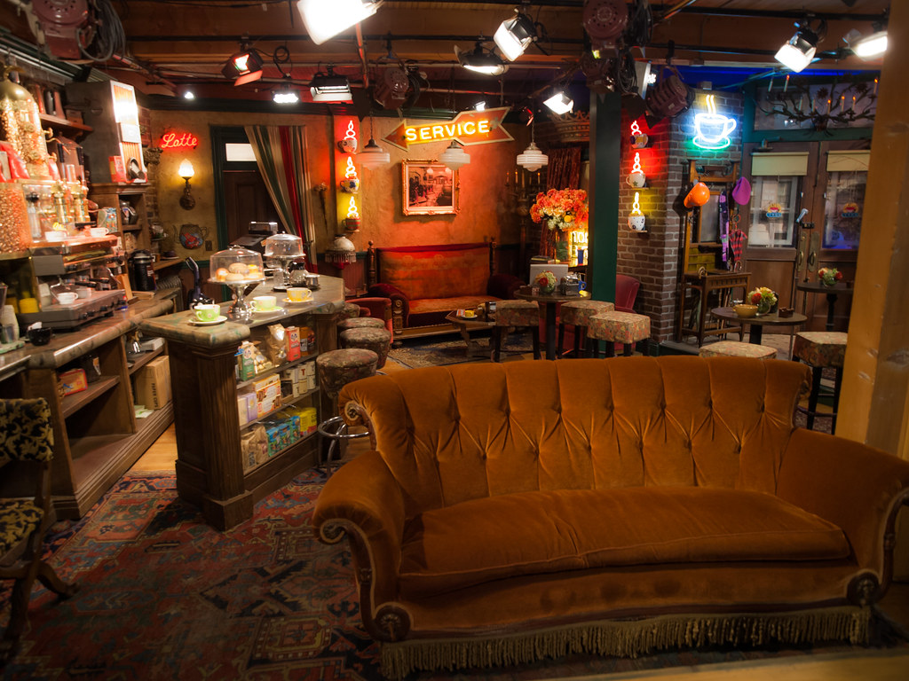 Insta Quotes Wallpaper Central Perk The Central Perk Set From Friends On The