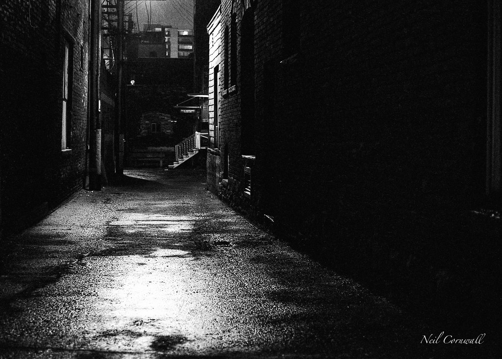 Good Evening Hd Wallpaper The Back Alley My Love Of Photography Began In The Late