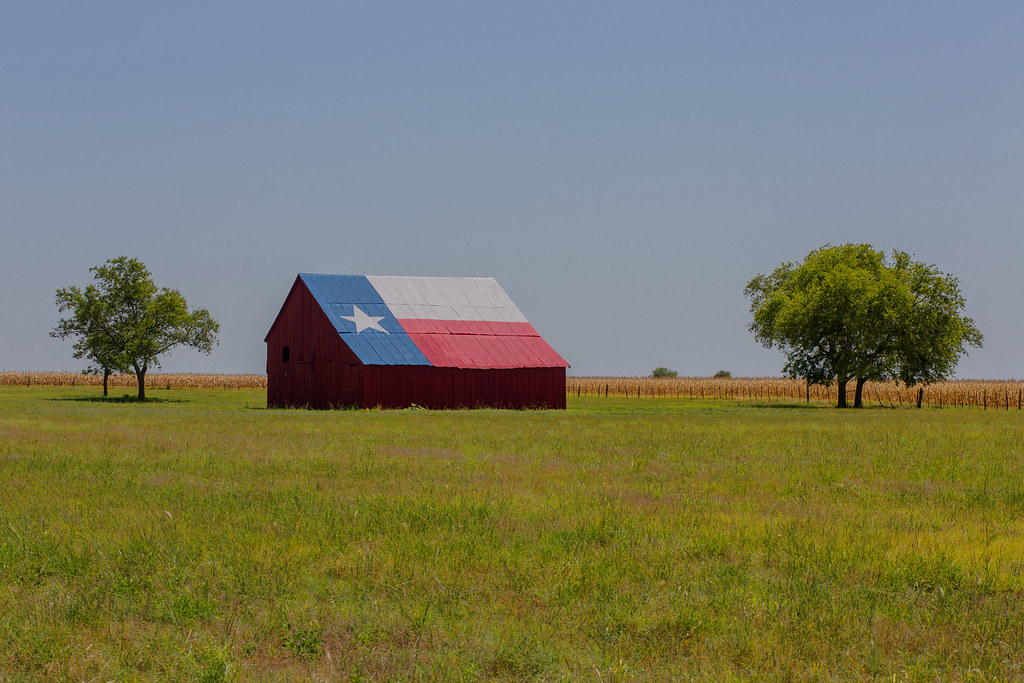 3d Cat Wallpaper Hd Falls County Texas Texas Flag Painted Barn In Falls